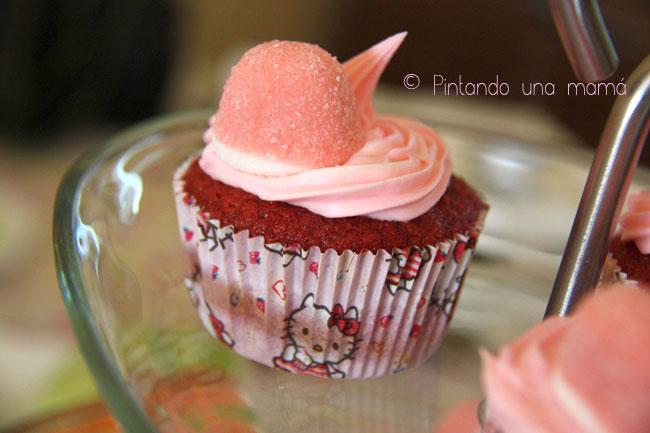 Cupcake-redvelvet_PintandoUnaMama