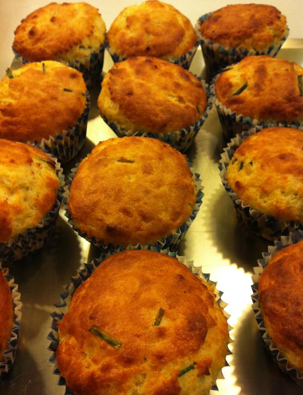 Cupcakes_de_pera_y_queso_gorgonzola_PintandoUnaMama