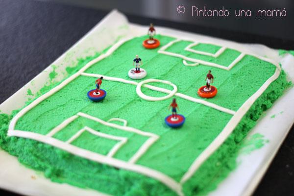 Tarta-campo-futbol-express2_PintandoUnaMama