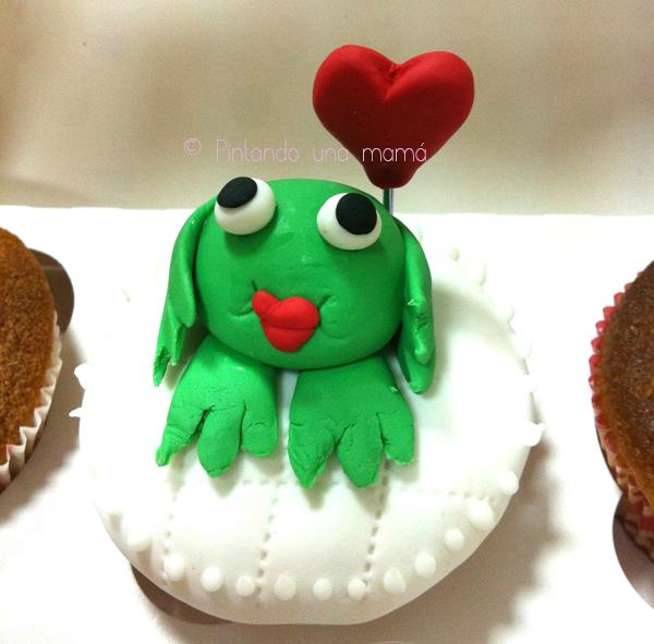 Cupcakes_Fresa_rellenos_buttercream_nubes_Fluff