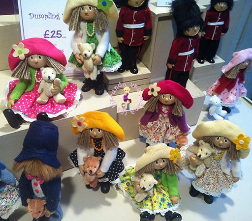 Dumpling_Dolls_Londres_PintandoUnaMama