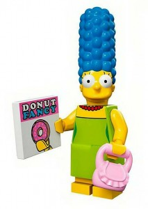 lego-Marge_Simpson_PintandoUnaMama