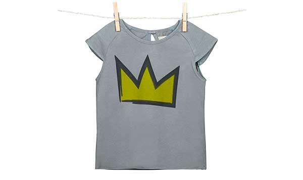 camiseta_con_corona