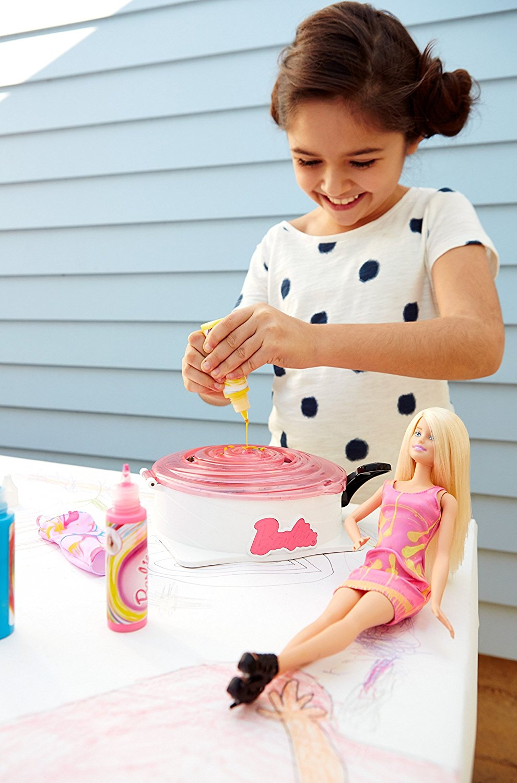 Gira y Diseña de Barbie