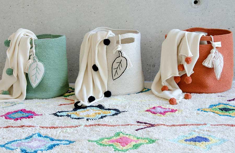 Cestas lavables decorativas de lorena canals pintando - Cestas decorativas ...